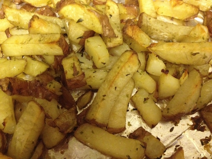 Delicious Garlic Roasted Red Potatoes | food and drinks | Pinterest