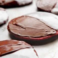 Red Velvet Black & White Cookies | Red Velvet Deliciousness | Pintere ...