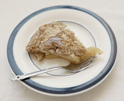 Apple Crisp With Caramel Sauce... | Food | Pinterest