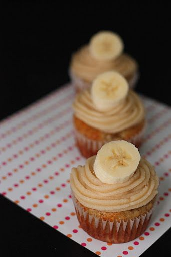 Banana Cupcakes with Honey-Cinnamon Frosting | Recipe