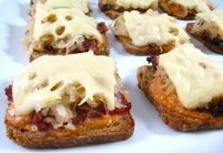 Skinny Mini Reuben Appetizers (1 Point Per Serving)