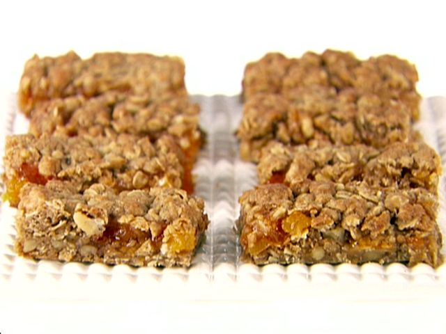 Apricot Oat Bars from FoodNetwork.com