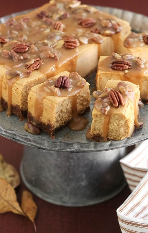Sweet Potato Pecan Praline Cheesecake Bites