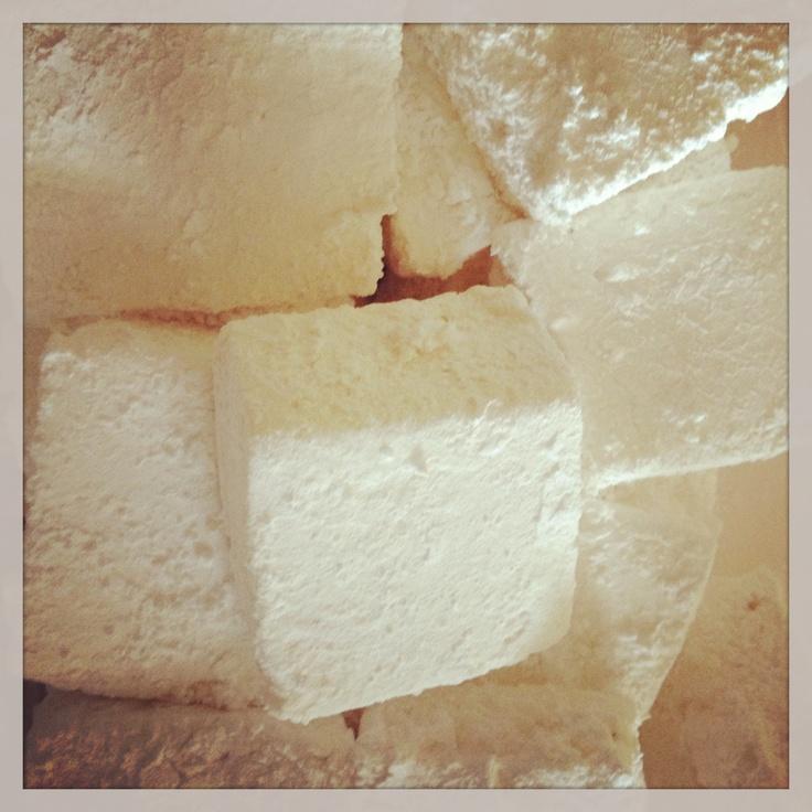 Homemade vanilla marshmallows | Dessert before dinner | Pinterest