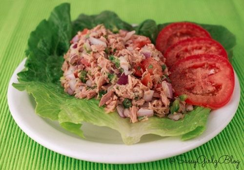 Tuna Salad Kicked Up - Paleo Spicy Tuna Ceviche Yum! This would be a ...