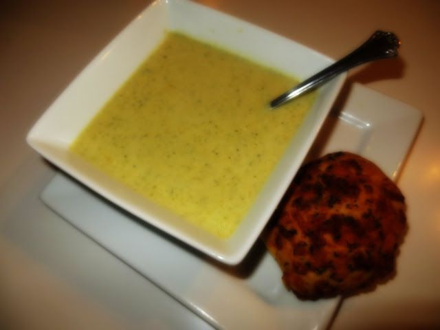 Crockpot Week } Broccoli & Cheese Soup ~ The Glamorous French ...
