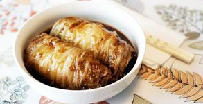 Choosy Beggars: Sweet and Sour Chinese Cabbage Rolls