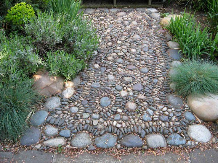 Stone pathways mosaic garden design garden ideas pinterest for Mosaic garden designs