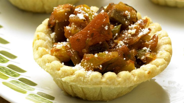 Potluck inspiration: Ratatouille Tarts | Potluck Recipes | Pinterest