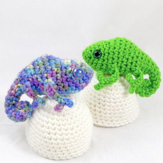 Amigurumi Chameleon Pattern : Crochet Pattern: Amigurumi Egg Babies, Baby Chameleon and Egg