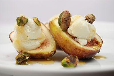 honey figs ricotta | E a t M e | Pinterest