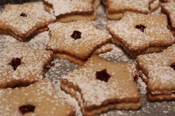 raspberry filled linzer cookies   Tasty Bucket List   Pinterest