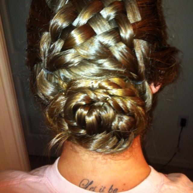 beach curl hairstyles : Basket weave! Hair Ideas!! Pinterest