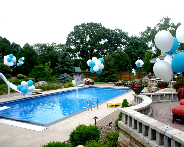 Balloon Swimming Pool Decor By Balloons By Design Madison Wi Our Perfect Home Pinterest