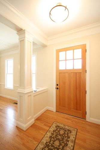 Half wall with column at entry foyer dining rooms for Interior half wall designs