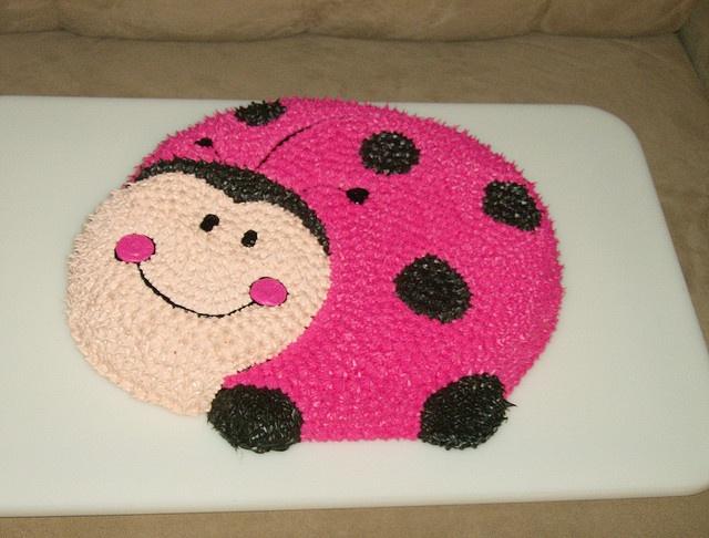 pink ladybug cakes