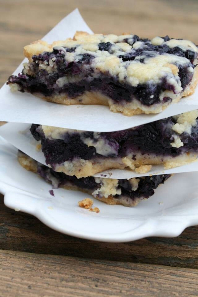 Blueberry crumb bars | Favorite Recipes | Pinterest