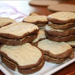 Kid's PB&J Sandwich Cookies on BigOven | Back to School | Pinterest