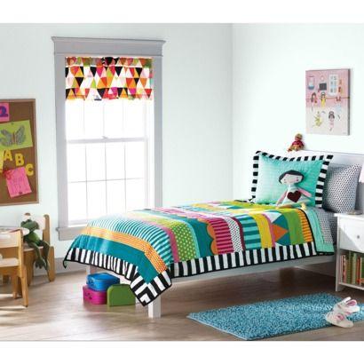 Circo® Color Pop Quilt Set