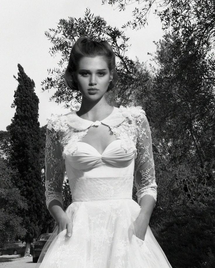 Boléro pour mariée Inbal Dror à Paris. www.metalflaque.fr