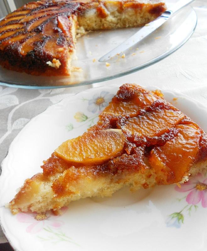 Caramel Apple Upside Down Cake | Recipes - Cakes/Cookies | Pinterest
