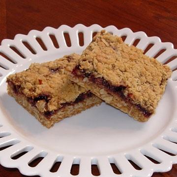 ... .com/recipe/delicious-raspberry-oatmeal-cookie-bars/detail.aspx