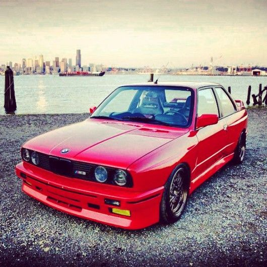 BMW E30 M3 red | BMW - Ultimate Driving Machine | Pinterest