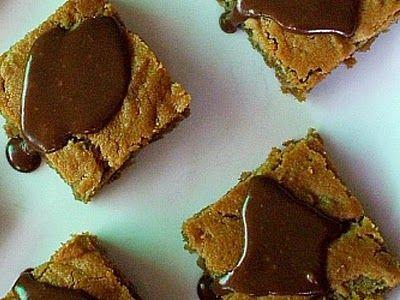 Peanut Butter Cookie Bars with Nutella Glaze | Recipe