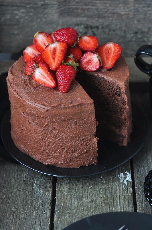 Chocolate Cake with Strawberries Recipe  http://www.pinterest.com/source/saharisha.livejournal.com/