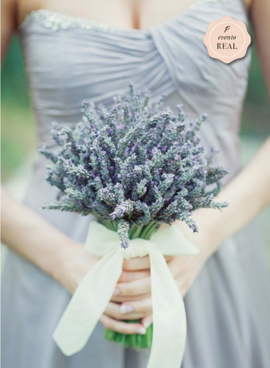 love LOVE lavendar. always. also very pretty one-shoulder dresses