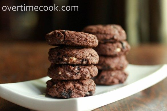 Triple chocolate oreo chunk cookies | Yums Yums | Pinterest