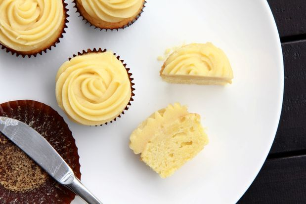 Chamomile Lemon Cupcakes with Honey Buttercream Frosting | Recipe