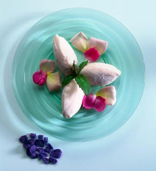 rose petal ice cream | Rosebud | Pinterest