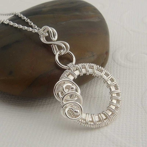 how to make jewelry with wire and stones