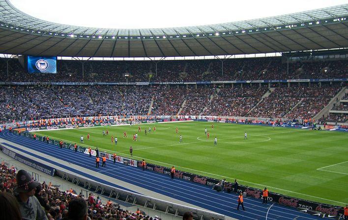 olympia stadion berlin hertha bsc stadium pinterest. Black Bedroom Furniture Sets. Home Design Ideas