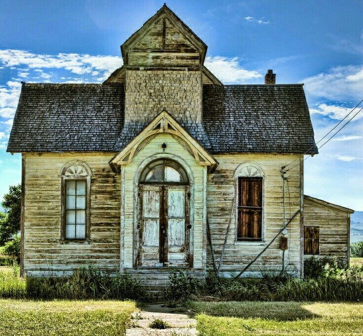 Old school house beautiful silent history pinterest - The house in the abandoned school ...