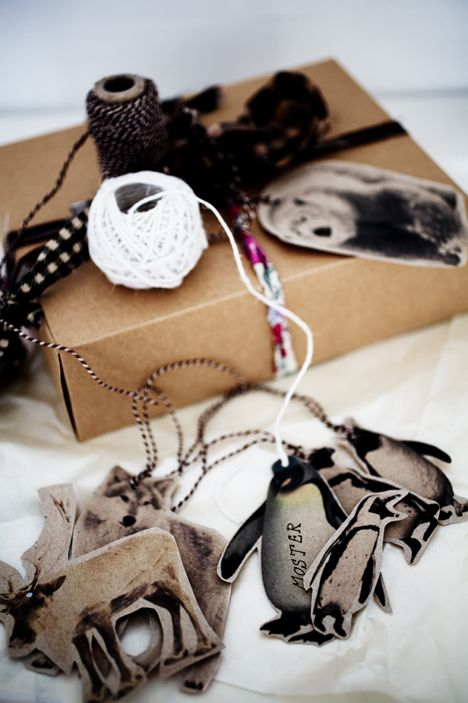 6 Christmas gift tag ideas with free printables, via http://www.scandinavianlovesong.com/