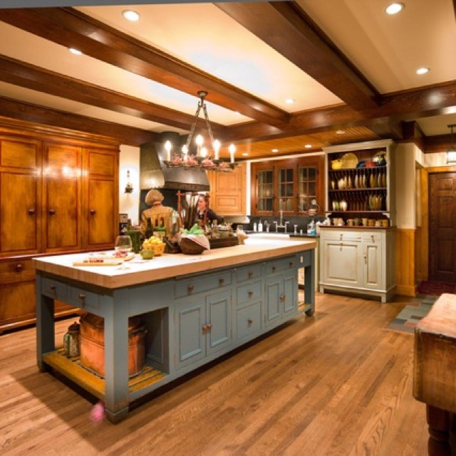English Country Style Kitchen: Pin By Jennie Snipes On Old Fashioned Interiors