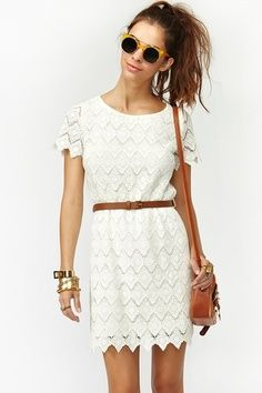 Buy latest womens fashion clothing online and get upto 40% discount on