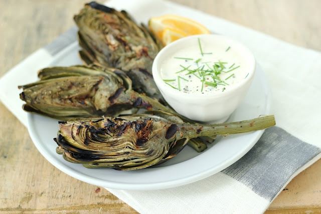 Grilled Artichokes with Lemon Garlic Caper Aioli | Easy Summer ...