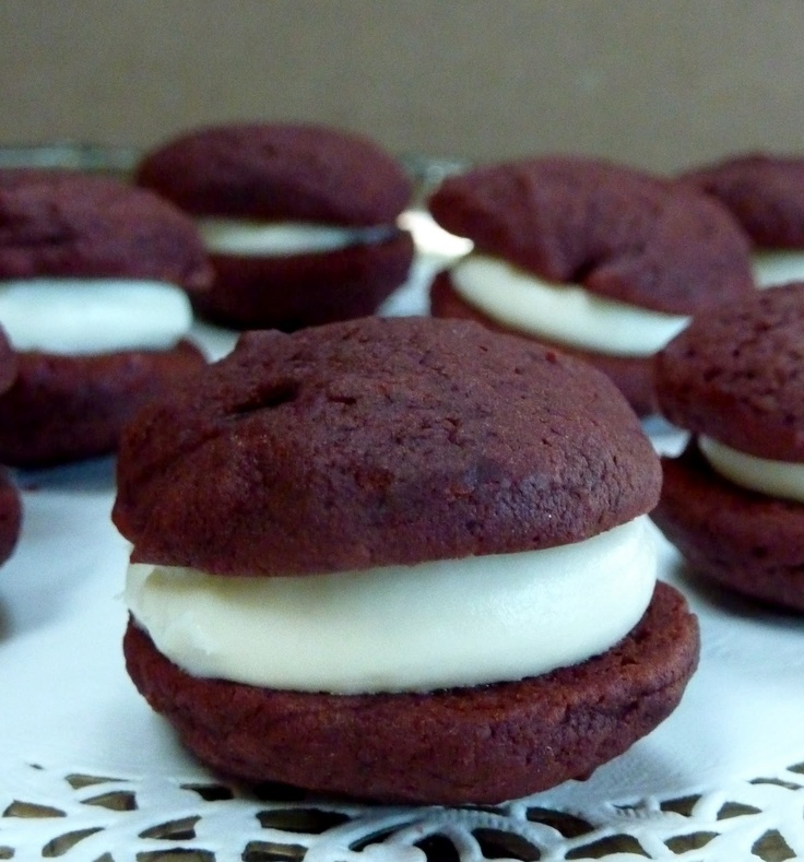 red velvet whoopie pie | whoopie pies all kinds to come | Pinterest