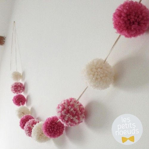 guirlande de pompons en laine 13 au crochet pinterest. Black Bedroom Furniture Sets. Home Design Ideas