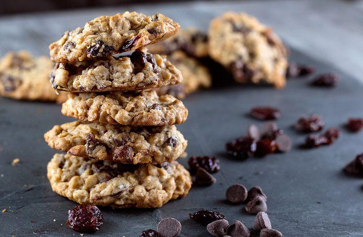 Chocolate & Dried Cherry Oatmeal Cookie Recipe — Dishmaps