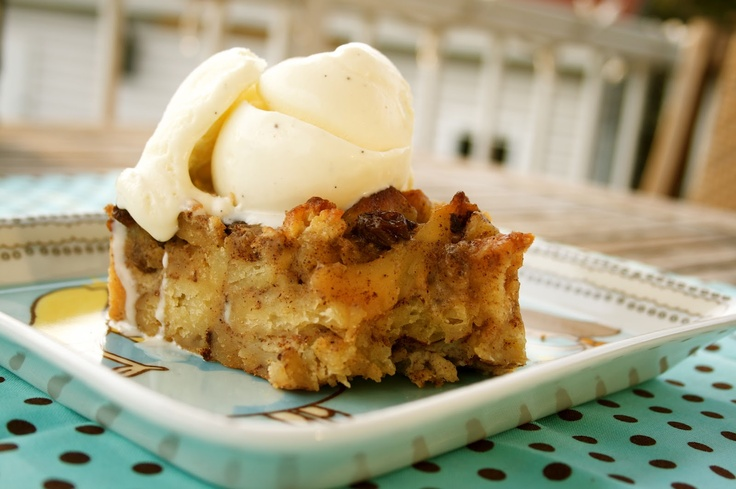 maple cinnamon bun bread pudding. | for the sweet tooth | Pinterest