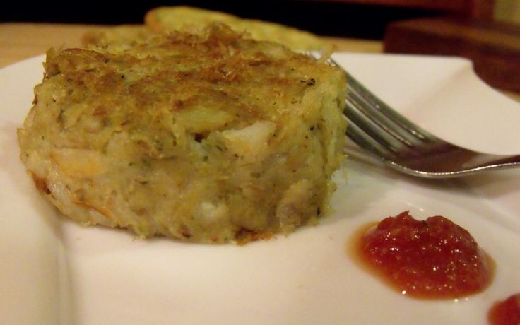 Gluten-free Crab Cakes are moist, tender and slightly spicy! Made with ...