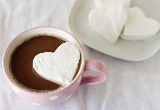vanilla marshmallows + hot chocolate | Yummy | Pinterest