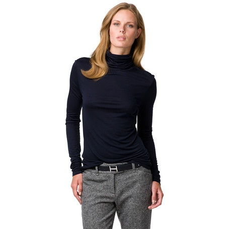 Tommy Hilfiger ~ Stylish roll-neck tee