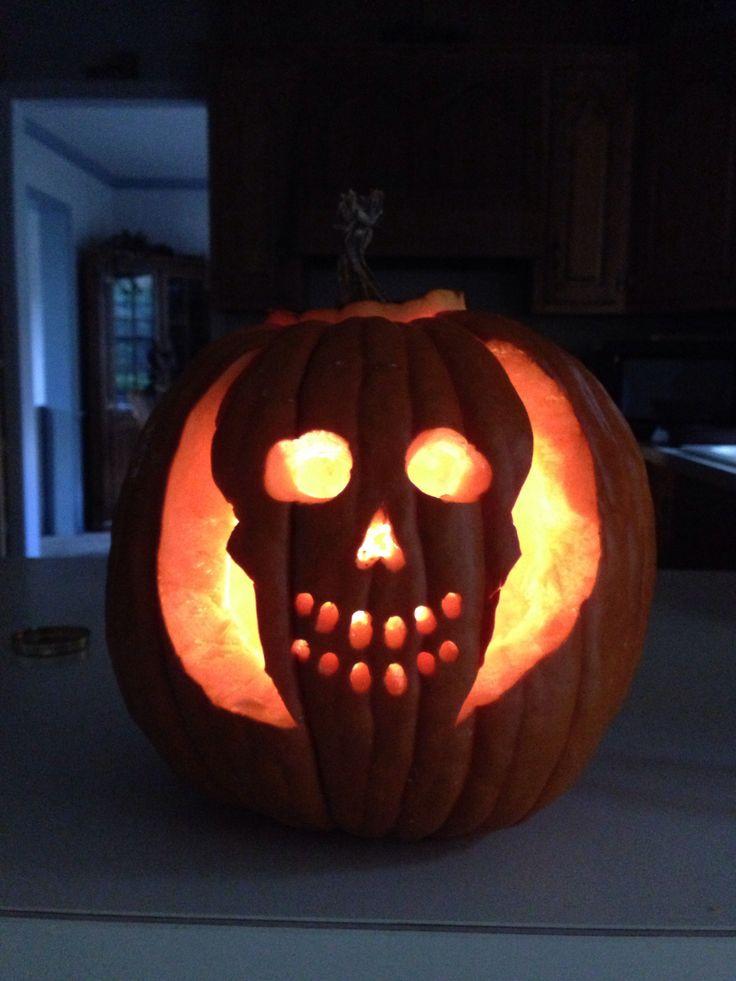 Pumpkin carving skull bing images for Skeleton pumpkin design