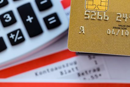 credit cards with lounge access uae