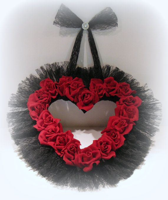 valentines gifts rose petals
